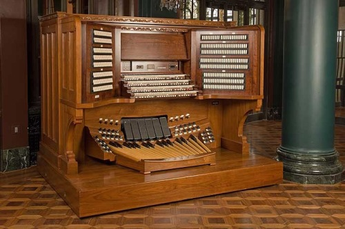 The Current Organ Console in Longwood's Ballroom